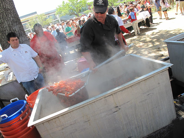 Behind the scenes of the crawfish operation...