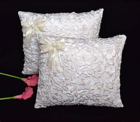 Wedding Kneeling Pillows   Cojines de Boda para Hincarse #