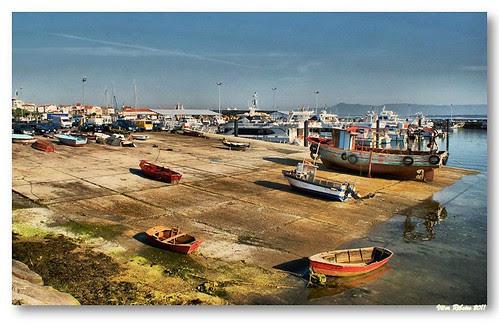 Barcos no Grove #2 by VRfoto