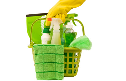 http://dingo.care2.com/greenliving/Cleaningkit.jpg