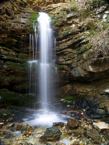 Middle Eden Falls