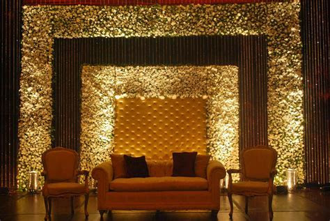 Pageant Stage Decoration Ideas   Decoratingspecial.com