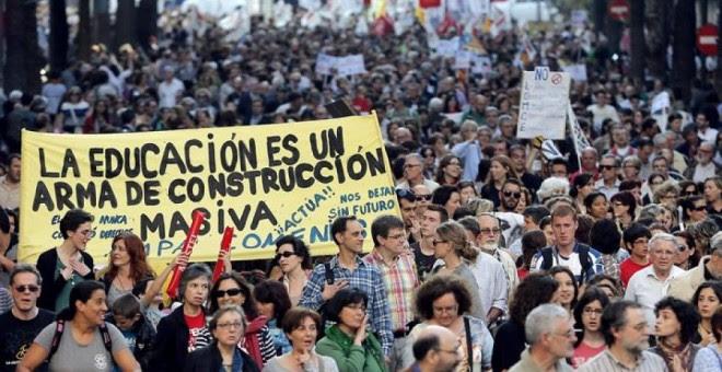 Foto de archivo de una huelga en educación / EFE