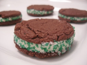 chocolate-sandwich-cookies