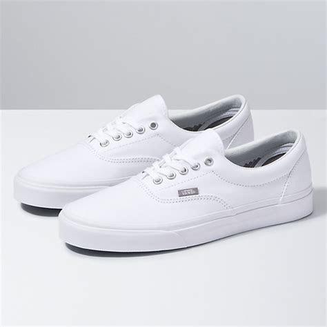 era shop shoes  vans