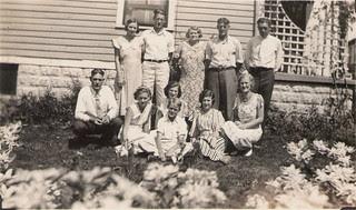 44 Lindborg family west side yard