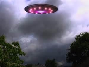 http://www.danielholdings.com/wp-content/uploads/2013/10/Close-Encounter-UFO.jpg