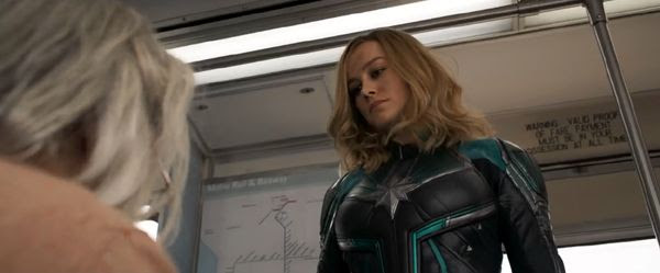 Carol Danvers confronts a nice old lady (who is, in fact, a Skrull) on a bus in CAPTAIN MARVEL.