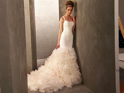 Kim Kardashian's Vera Wang wedding gowns to sell at David
