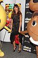 sofia vergara poses with poop emoji at emoji movie screening 01
