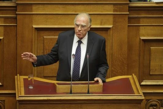 Η πρώτη ομιλία του Βασίλη Λεβέντη στη Βουλή! `Την περίμενα γεμάτη... ακούω μόνο πόσους συμβούλους δικαιούται κάθε βουλευτής`