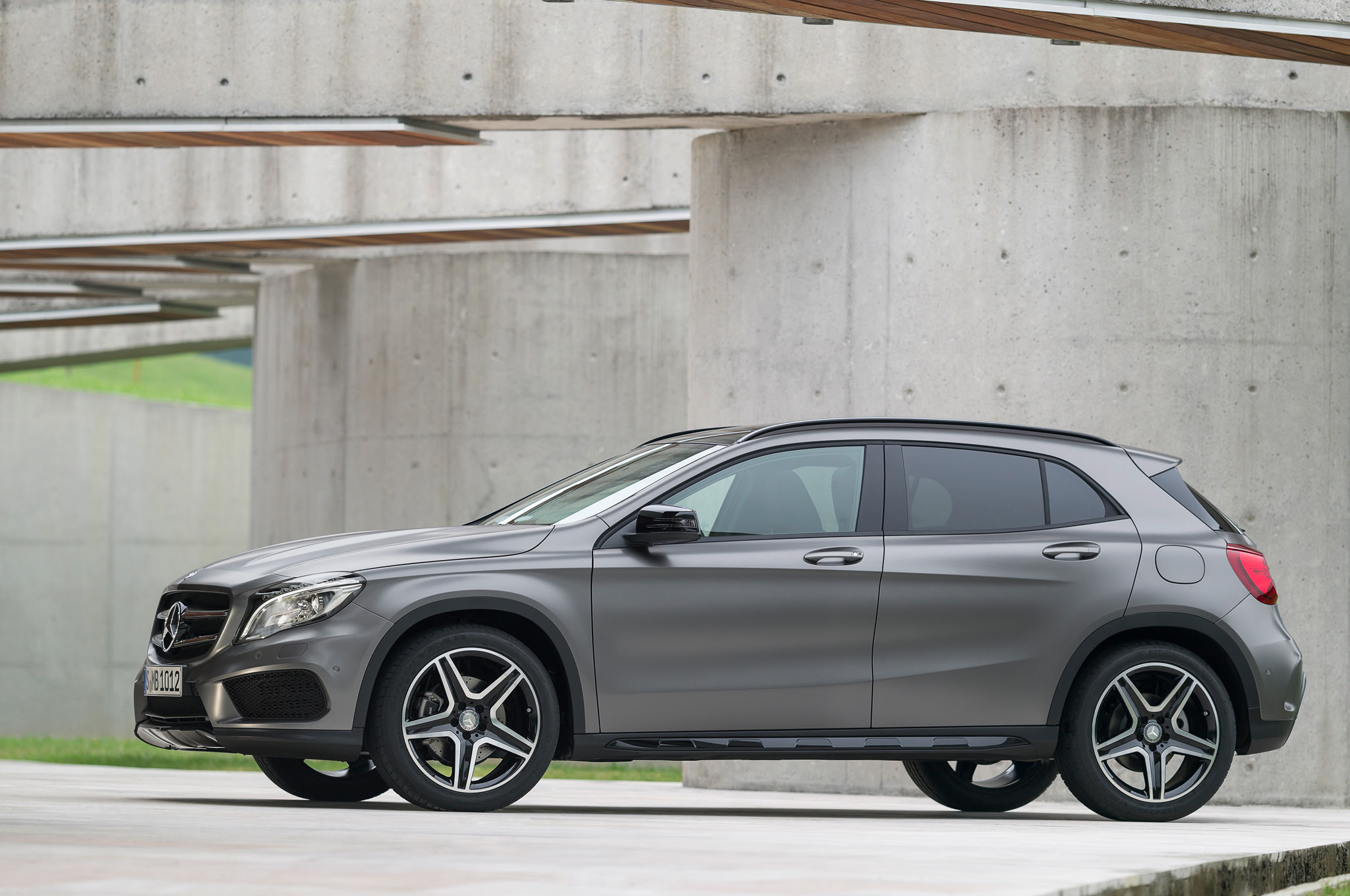 2015 Mercedes-Benz GLA 250 4MATIC Design - Carspoon.com