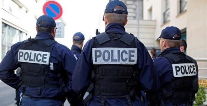 Fotografía de archivo de policía de estadounidense / REUTERS