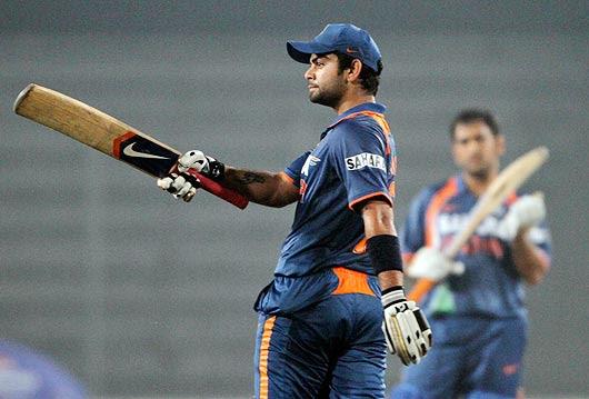 ap100107114496 Watch Bangladesh Vs India 3rd ODI Result,Photo & Video Highlights