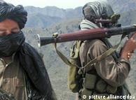 Guerrilheiros talibãs no Paquistão
