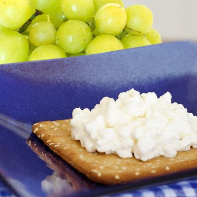 photo cracker-grapes-400x400_zps56sfayyo.jpg