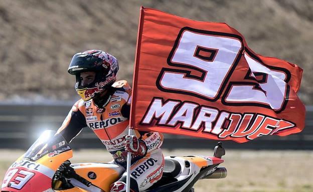 Márquez se corona campeón en Cheste y Pedrosa gana la carrera