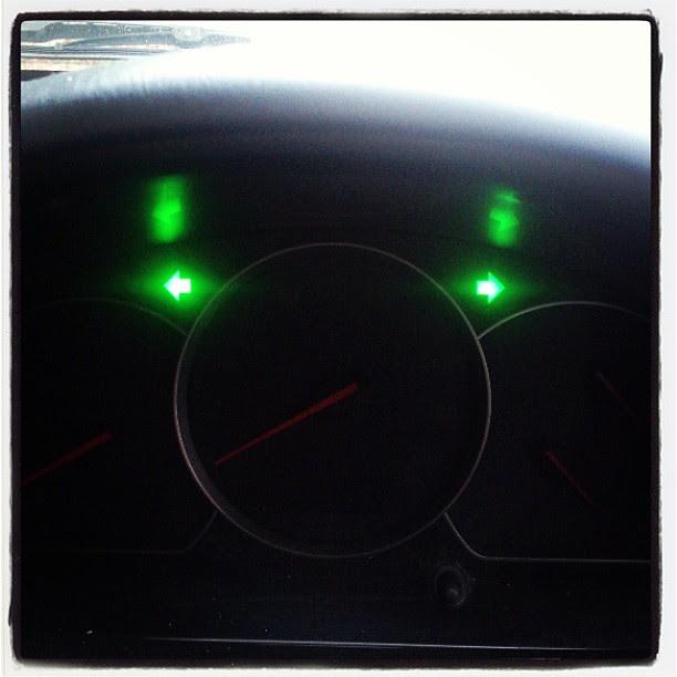 Going nowhere.... Clutch shat itself... #M4 #clutch #vitara #suzuki #$$$$$$ #breakdown #rain