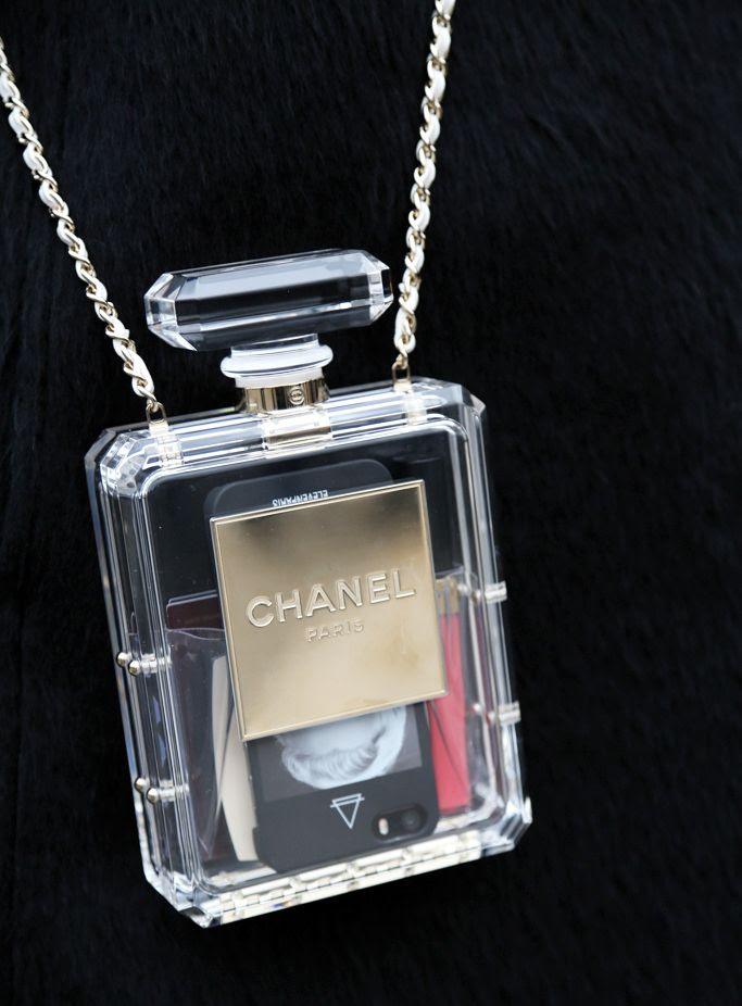 Chanel NO.5 Perfume #Clutch #Chanel #bag
