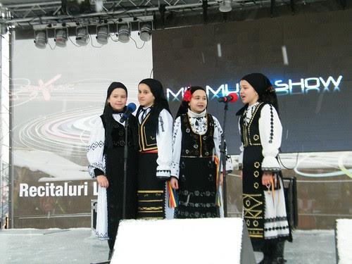 Les chanteuses Cîntăreţele lui Liviu by martamaghiar