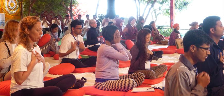 Αποτέλεσμα εικόνας για ashram meditation