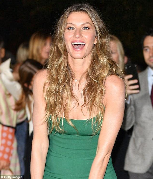 Seu lado mais leve: a supermodelo gostava de rir durante a noite maravilhosa