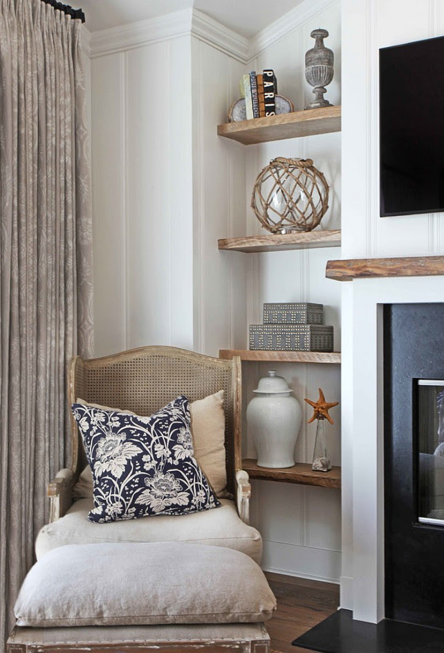 Bookshelf Decorating Ideas. How to decorate bookshelves. Bookshelf decor. #Bookshelf #BookshelfDecor #BookshelfDecoratingIdeas #DecoratingBookshelves