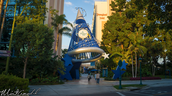 Disneyland Resort, Disneyland Hotel, Sorcerer's Hat, 60th Anniversary