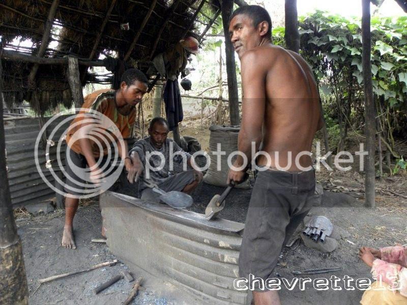 http://i1252.photobucket.com/albums/hh578/chevrette13/Madagascar/DSCN1570800x600_zps2a85f614.jpg