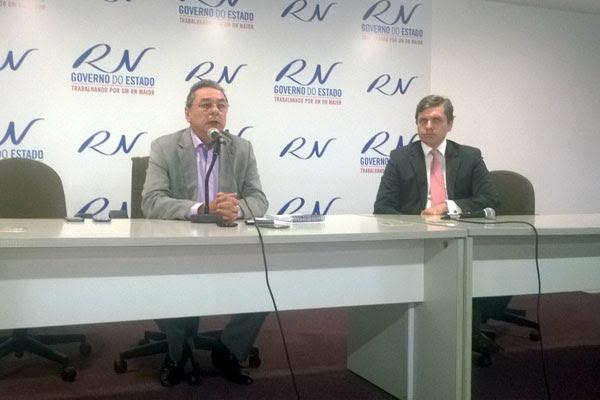 Calendário de pagamento da antecipação do 13º foi anunciado pelo secretário Obery Rodrigues