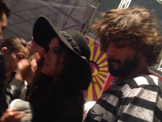 Bruna Marquezine e Marlon Teixeira no Lollapalooza (Foto: EGO)