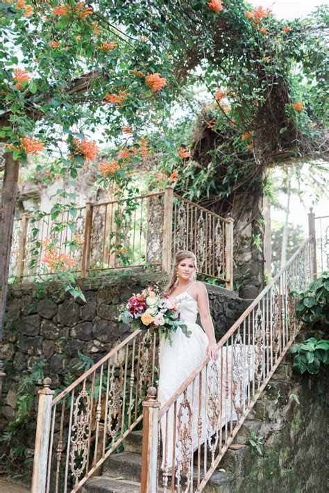 Romantic Haiku Mill Wedding in Maui   Rae Marshall Photography