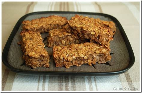 Date and Apple Granola Slice