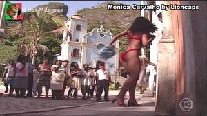 Monica Carvalho sensual na novela Porto Milagres