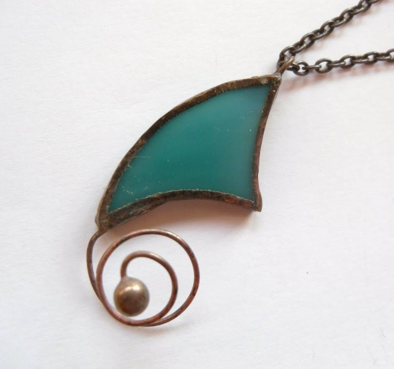 Stained glass pendant copper wire jewelry turquoise bohemian Spiral - ArtemisFantasy