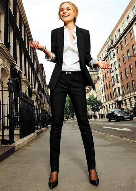25 Stylish Work Outfit Ideas   Style Motivation