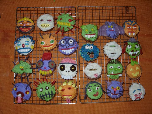 The Largest Halloween Cupcake Roundup (you've ever seen). - All ...