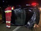 Homem embriagado capota veículo e fica ferido na Dutra em São José, SP