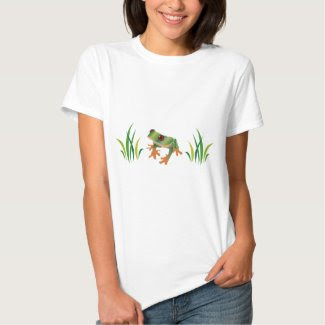 Tree Frog on Women's T-Shirt