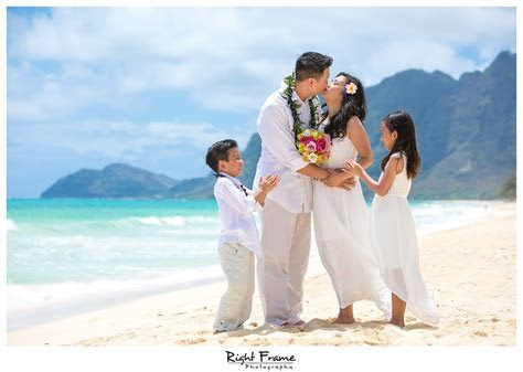 Wedding Vow Renewal in Oahu Hawaii by RIGHT FRAME PHOTOGRAPHY