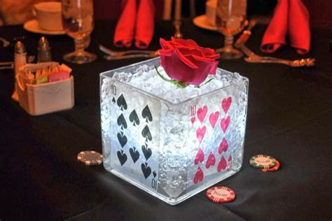 Casino Centerpieces   Themed Table Decorations For Parties