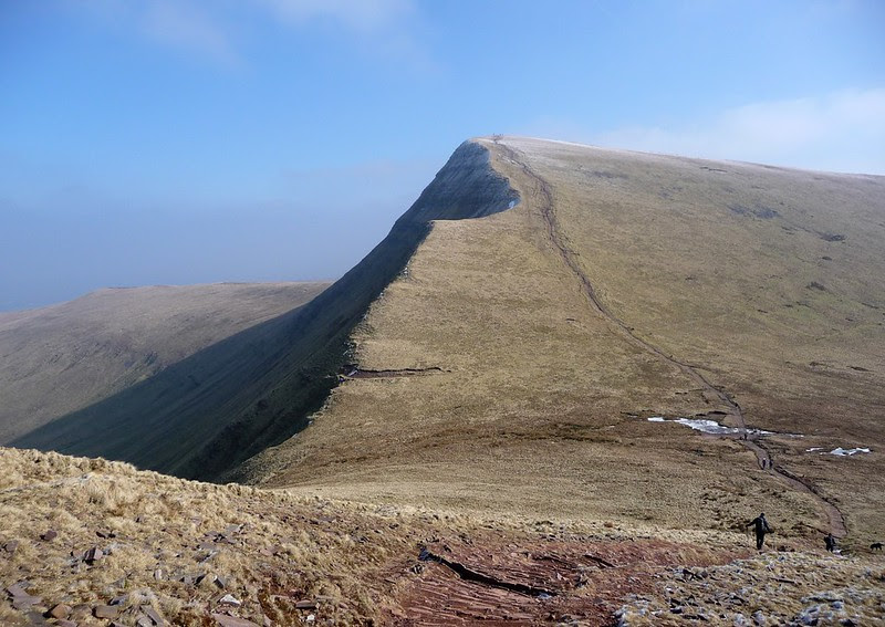 29341 - Pen y Fan Horseshoe
