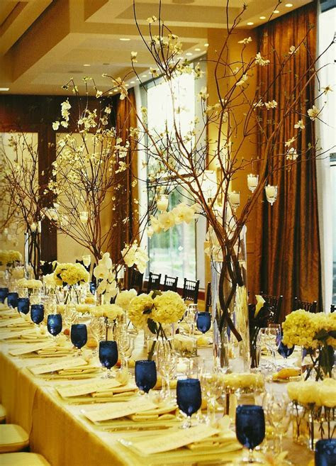 25  best ideas about Banquet table decorations on