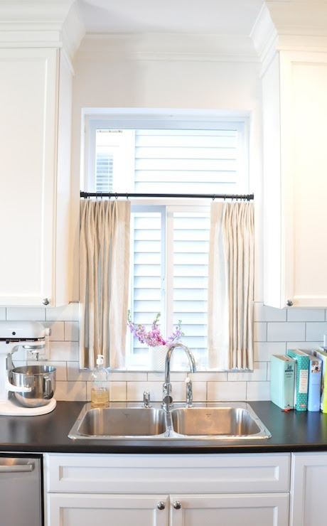 Kitchen Cafe Curtains - Transitional - kitchen - Kerrisdale Design
