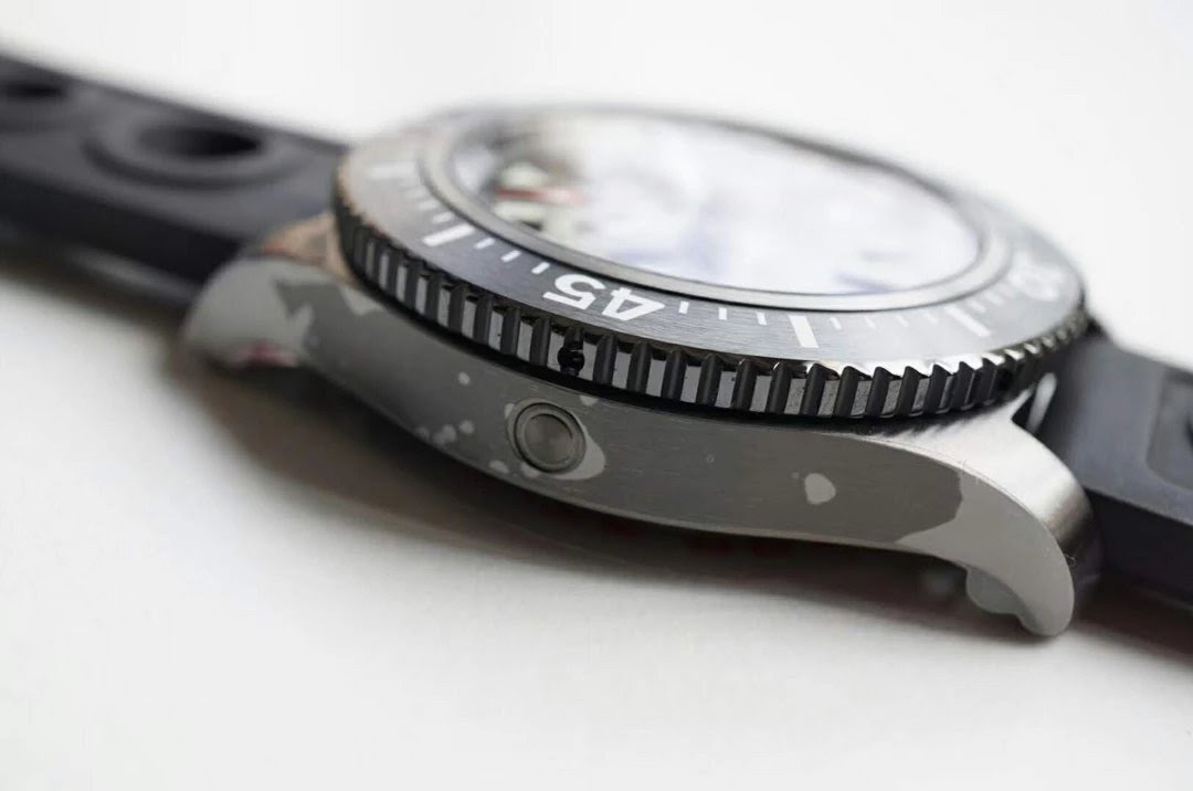 Replica Breitling Superocean 44 Case