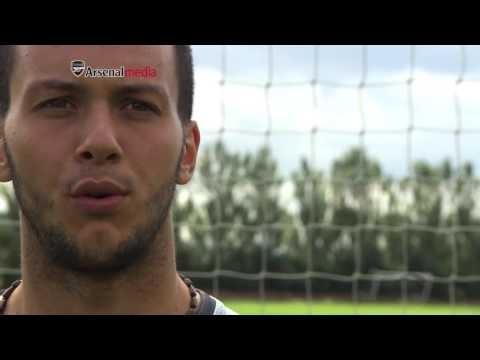 Dejan Iliev von Arsenal auf Youtube vorgestellt | I'd love to take Taylor Swift to Macedonia