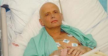 Former Russian spy Alexander Litvinenko in his hospital bed