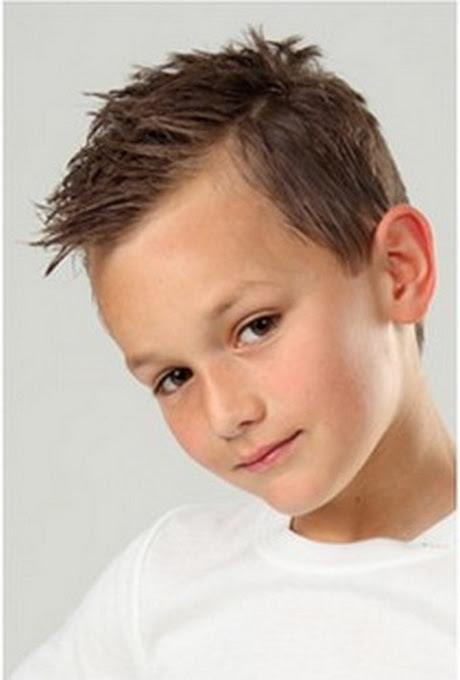 coupe de cheveux d'evelyne dheliat