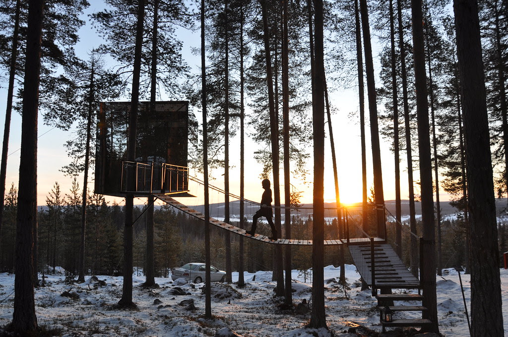 The Mirror Cube @ Treehotel Sweden