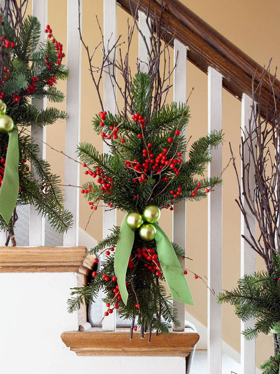brighten up a banister - Decorating Banisters For Christmas With Ribbon